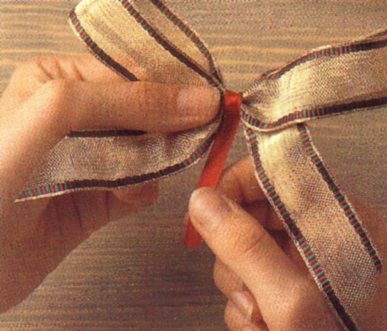 Как сделать бантик из ленты любого размера
