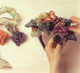 Цветы на голову из лент своими руками
