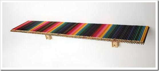 Полка из карандашей